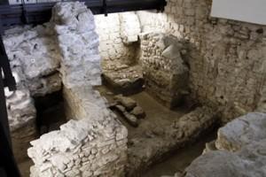 Area archeologica, Piazza del Popolo