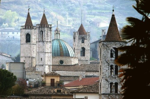 Sightseeing of the historical centre of Ascoli Piceno