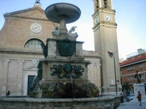 Fontana e Chiesa di S. Pio V, Grottammare.