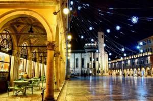 People Square, Ascoli Piceno